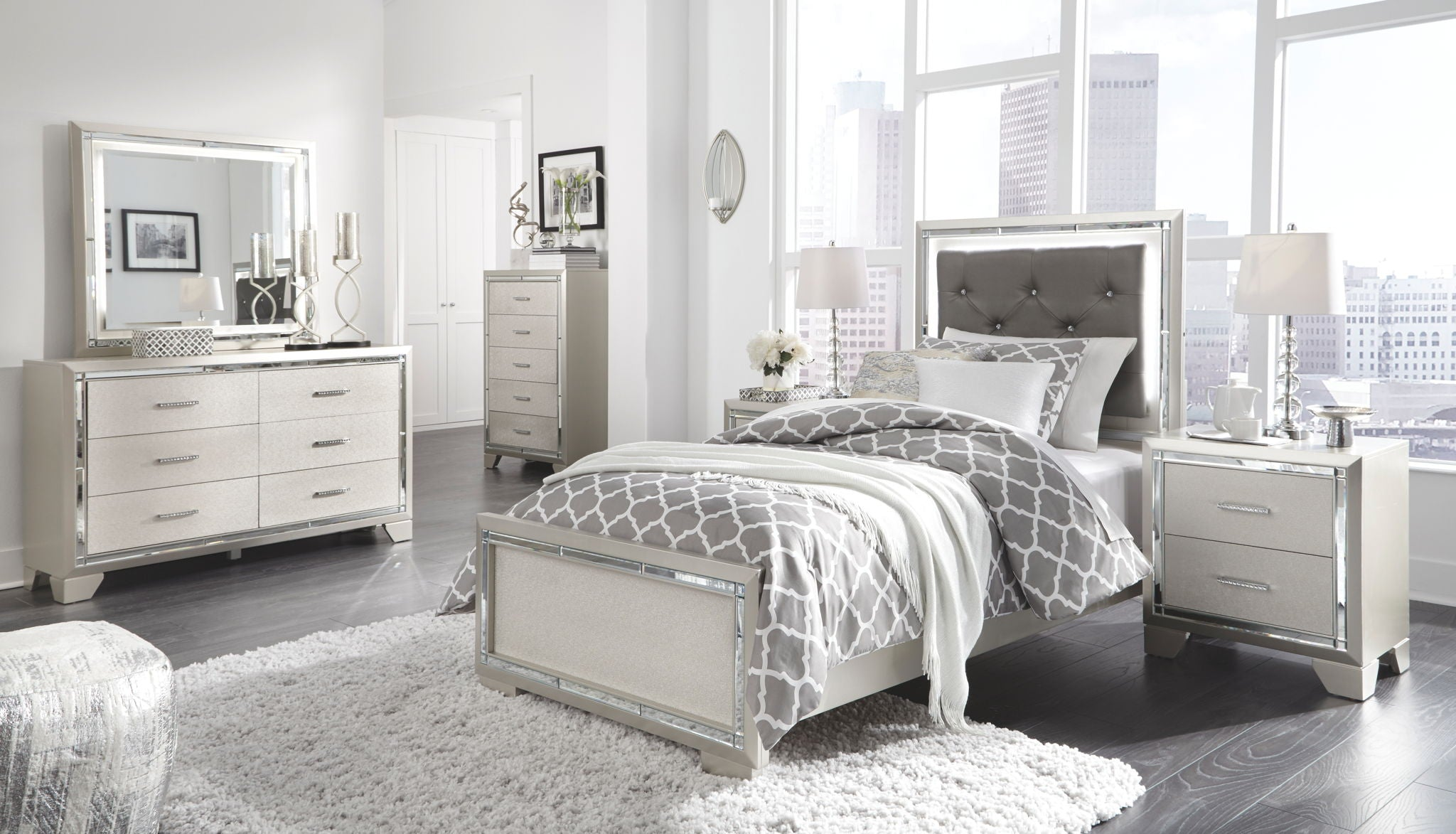 Lonnix Panel Bed