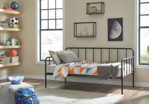 Open image in slideshow, Trentlore Metal Day Bed with Platform