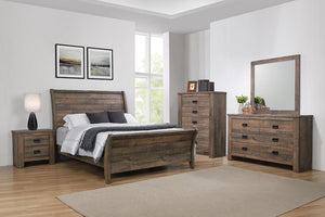 Open image in slideshow, Frederick Collection - Frederick Eastern King Sleigh Panel Bed Weathered Oak