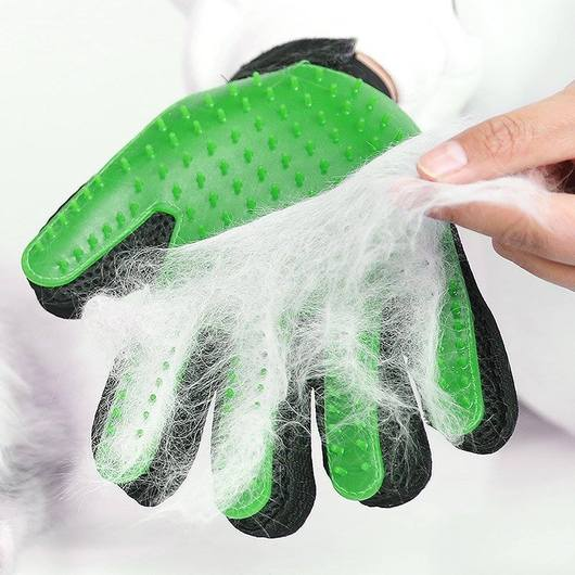 Gentle Deshedding Glove