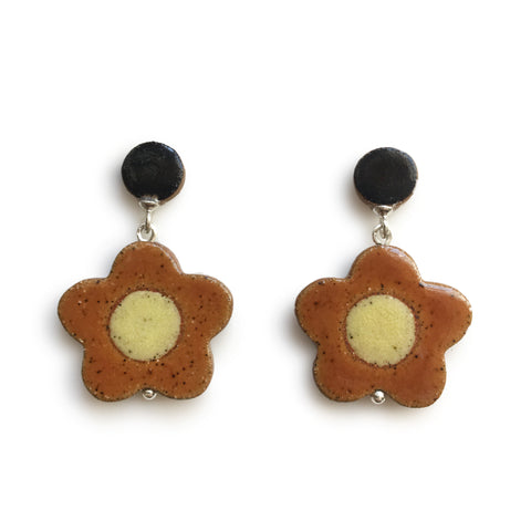 Daisy Earrings Chestnut