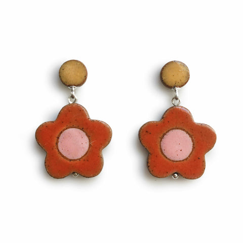 Daisy Earrings Cherry