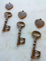 Heart Stamping Blanks Heart Skeleton Keys Set Hand Stamping Heart Charms Skeleton Key Charms Copper Heart Charms Metal Stamping Tag 10pcs