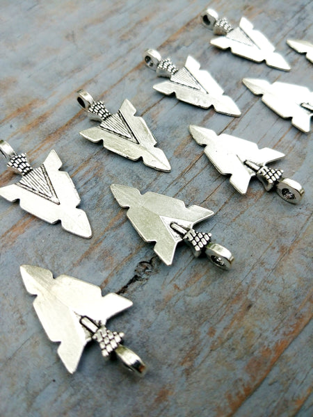"Arrow Head Charms Arrowhead Pendants Antiqued Silver 30mm/1.18"" Silver Native American Charm Boho Hunting Bulk Lot 10 pc Set Craft Supply"