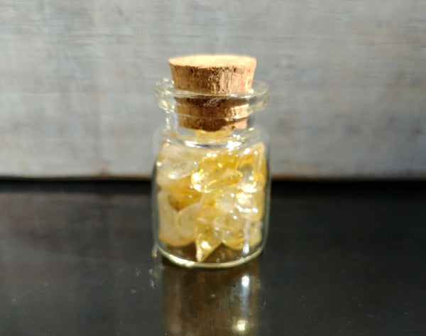 "Glass Bottle With Natural Citrine Crystal Polished Chips Container Jar Wishing Cylinder with Cork 30mm/1.2"" Potion 5mL Apothecary Vial 1 pc"