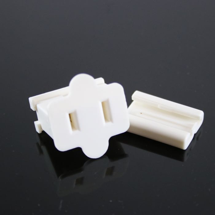 Female Gilbert Plug SPT-2 White