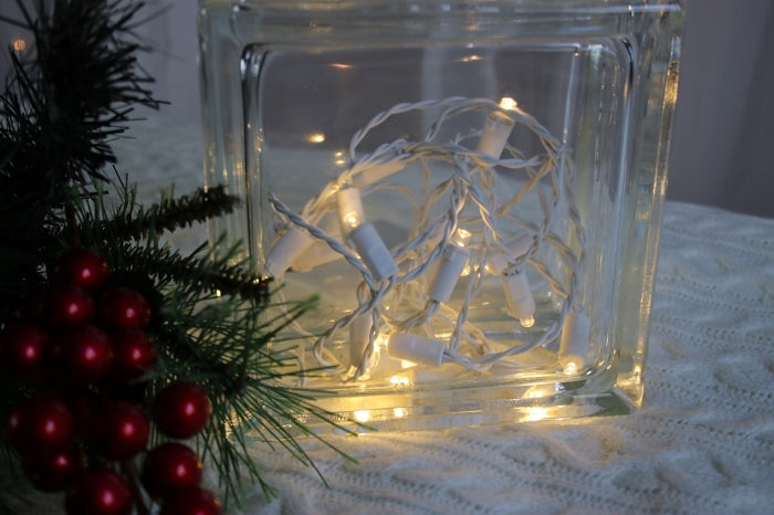 dorable icicle lights with green wire motif