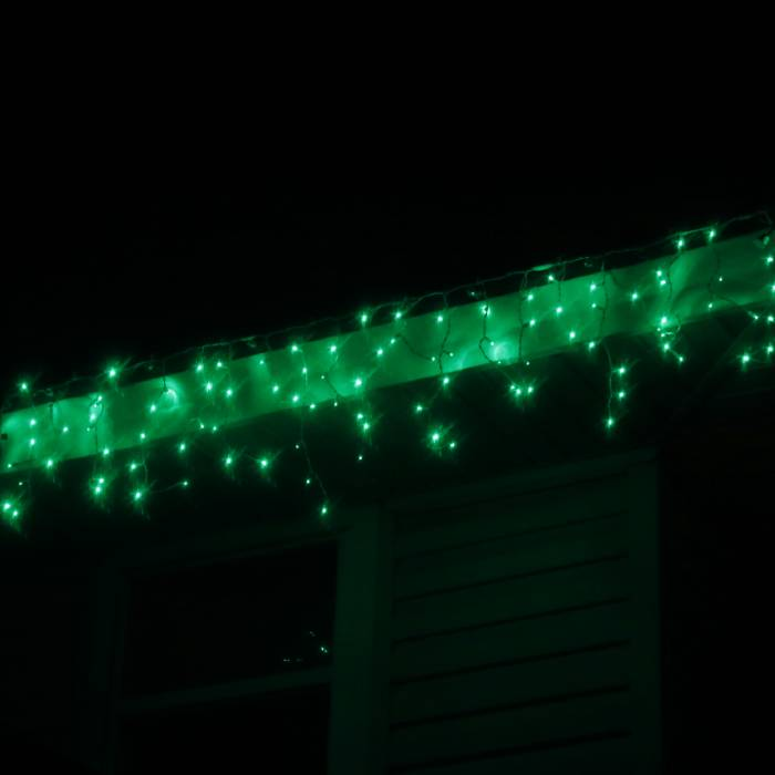 LED Icicle Set Green on White Wire