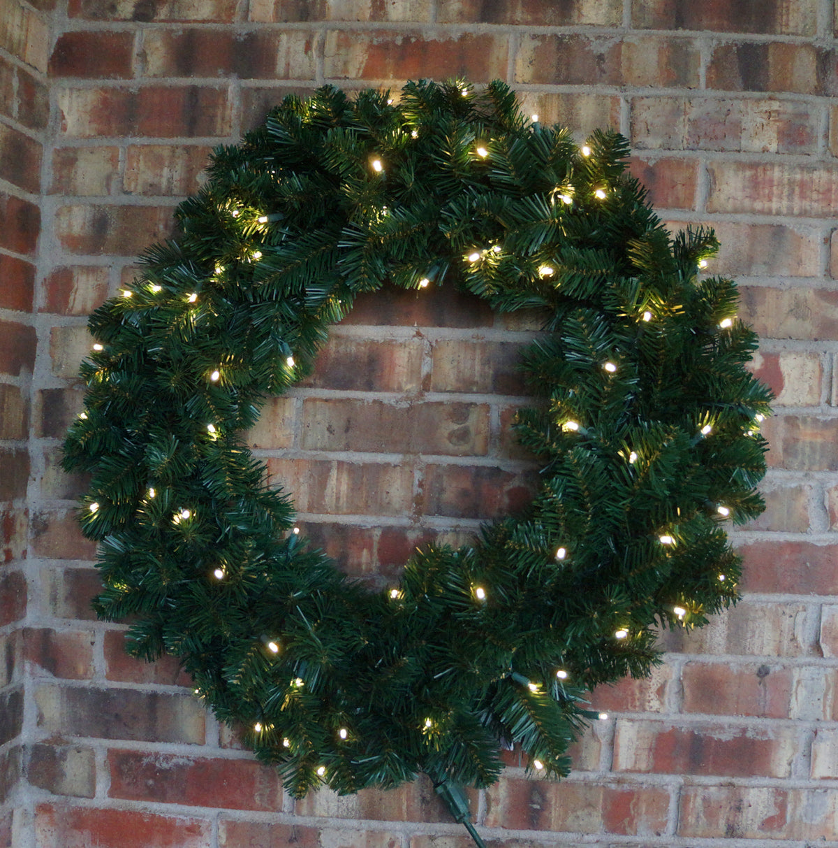 LED Warm White Pre-lit Wreath 48 inches