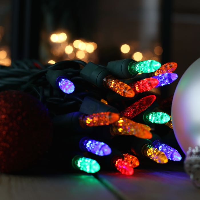 50 multi m5 led christmas lights on green wire