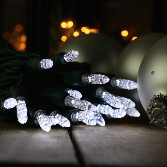 50 Pure White M5 Led Christmas Lights On Green Wire