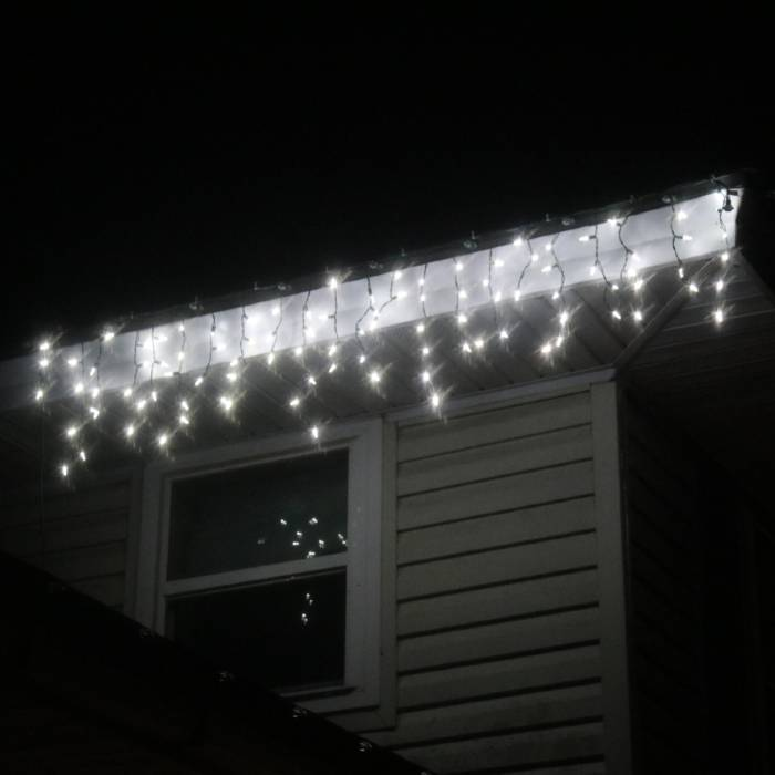LED Icicle Lights Pure White on Green Wire