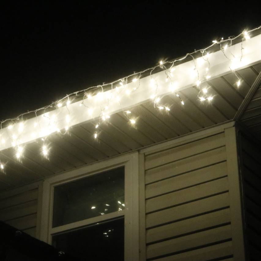 Warm White Wide Angle LED Icicle Lights White Wire