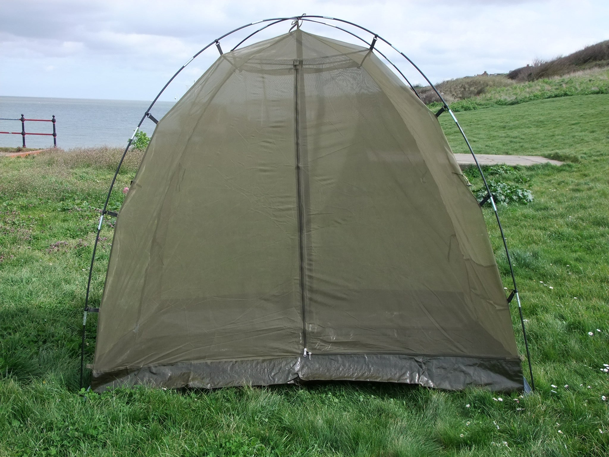Mosquito/midge tent, two man.