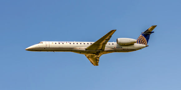 United Express ERJ-145LR (APPM10030)