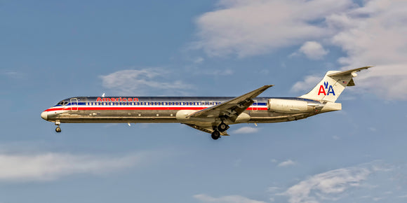 American Airlines MD-80 (APPM10032)