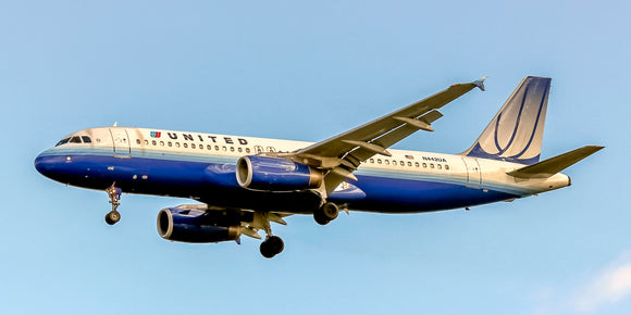 United Airlines Airbus A320-232 (APPM10037)