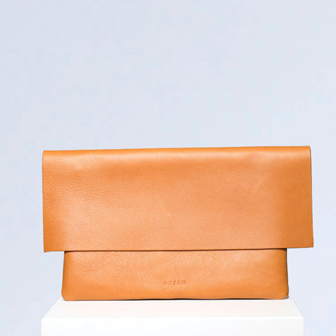 CLUTCH BAG, TAN - NO / AN