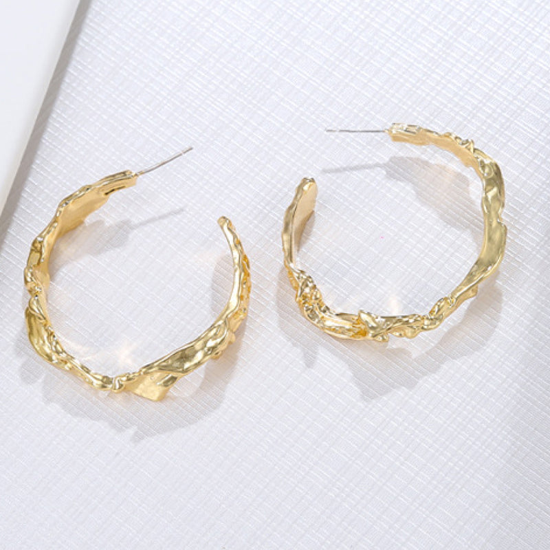 Best Gold Jewelry Gift | Best Aesthetic Yellow Gold Hoop Earrings Jewelry Gift for Women, Girls, Girlfriend, Mother, Wife, Daughter | Mason & Madison Co.