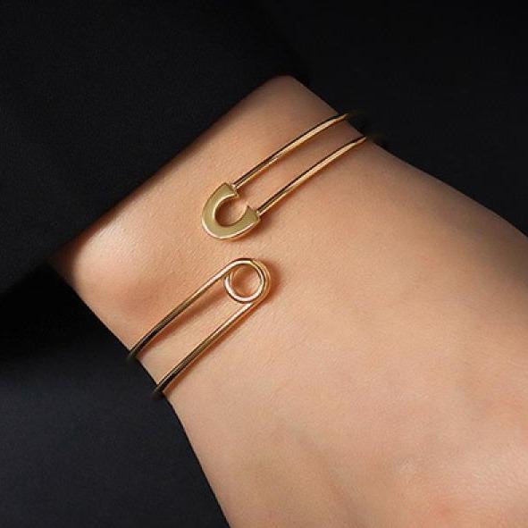 Best Gold Jewelry Gift | Best Aesthetic Yellow Gold Bracelet Jewelry Gift for Women, Girls, Girlfriend, Mother, Wife, Daughter | Mason & Madison Co.