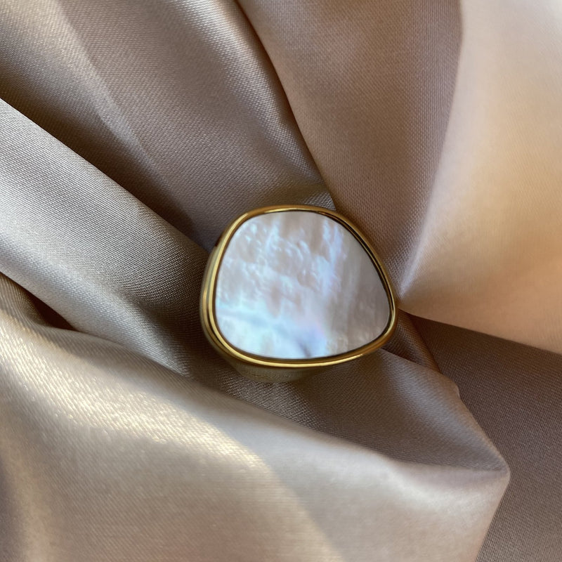 Best Gold Jewelry Gift | Best Aesthetic Yellow Gold Shell Ring Jewelry Gift for Women, Girls, Girlfriend, Mother, Wife, Daughter | Mason & Madison Co.