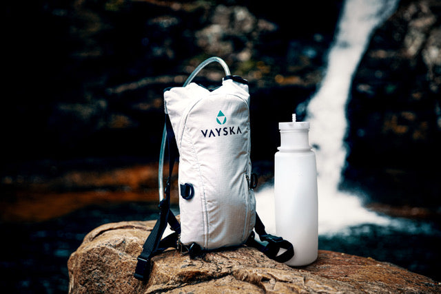 Bottle Hydration Pack with 2 Liter Capacity