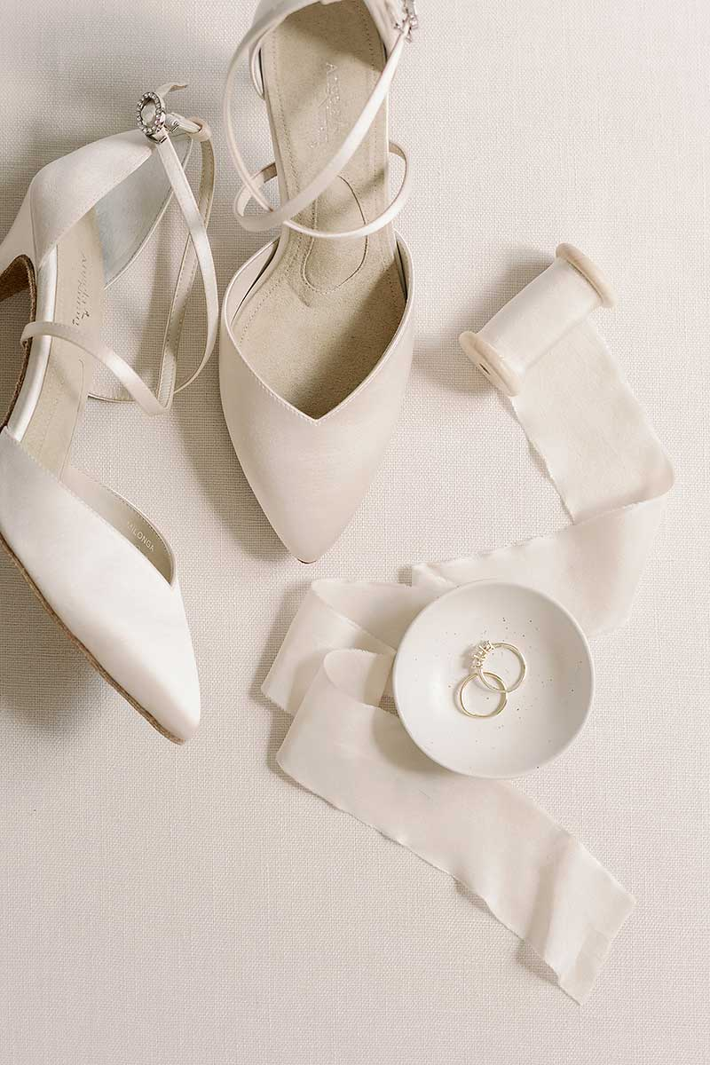 Angela Nuran Milonga wedding shoes with ring dish and wedding rings