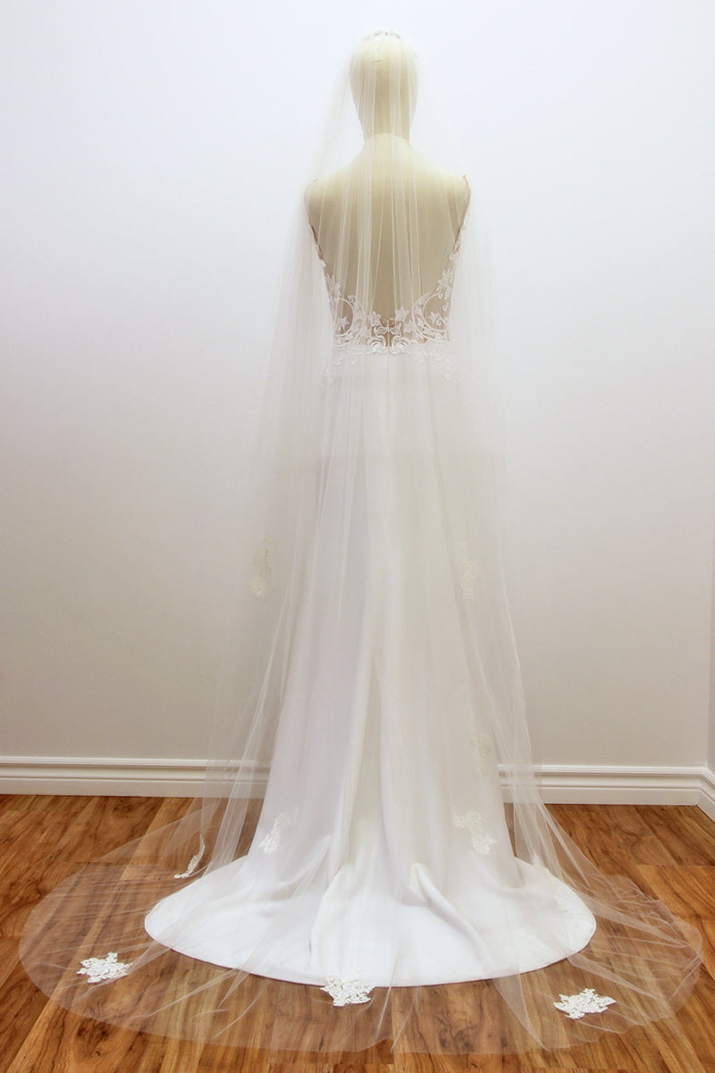 Andrea Chapel Length Veil