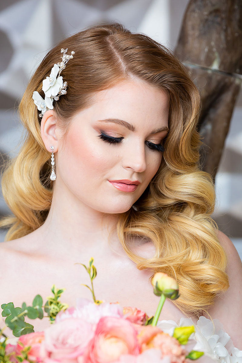 Giordana gardenia hair comb with glam bridal beauty look