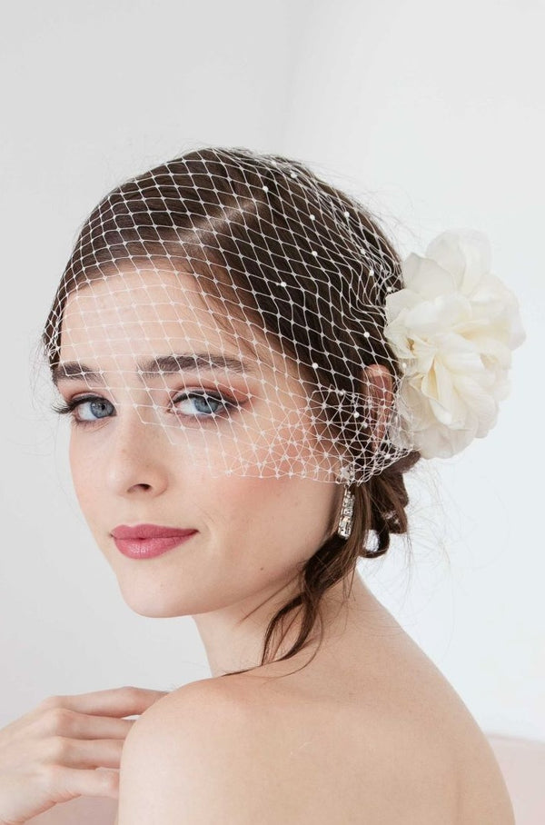 Toronto bride wearing birdcage trend. Handmade in Canada bridal accessories.