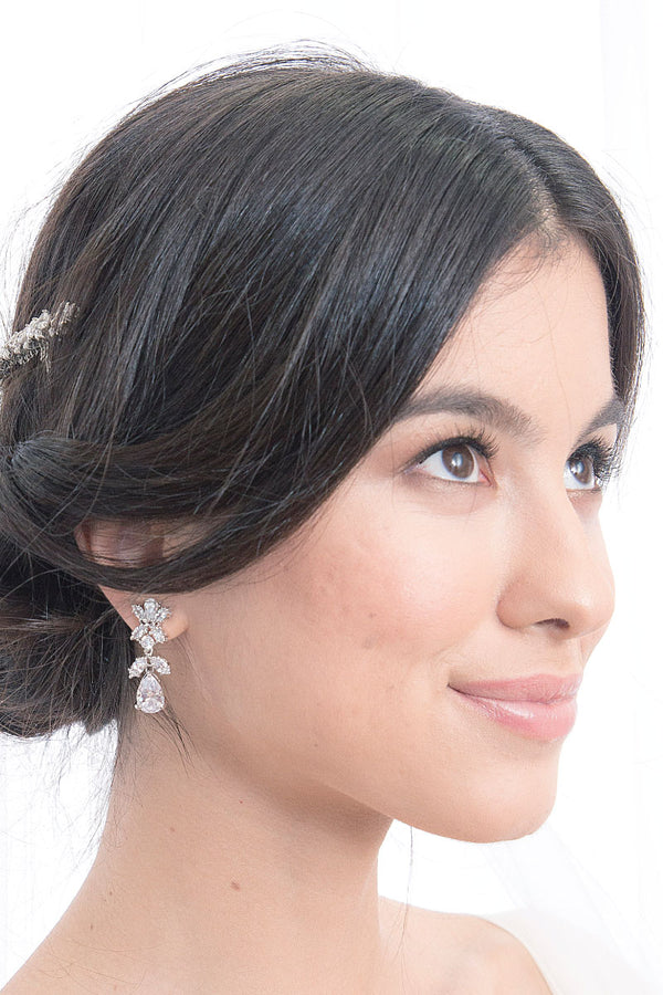 Romantic bridal crystal drop bridal earrings. Handmade in Canada in the regency era aesthetic.