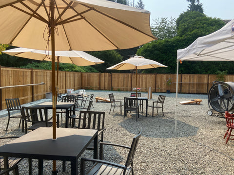 outdoor dining at the simple goodness soda shop