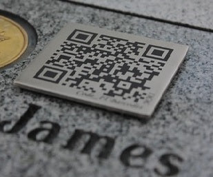 Memorial QR code funeral plaque