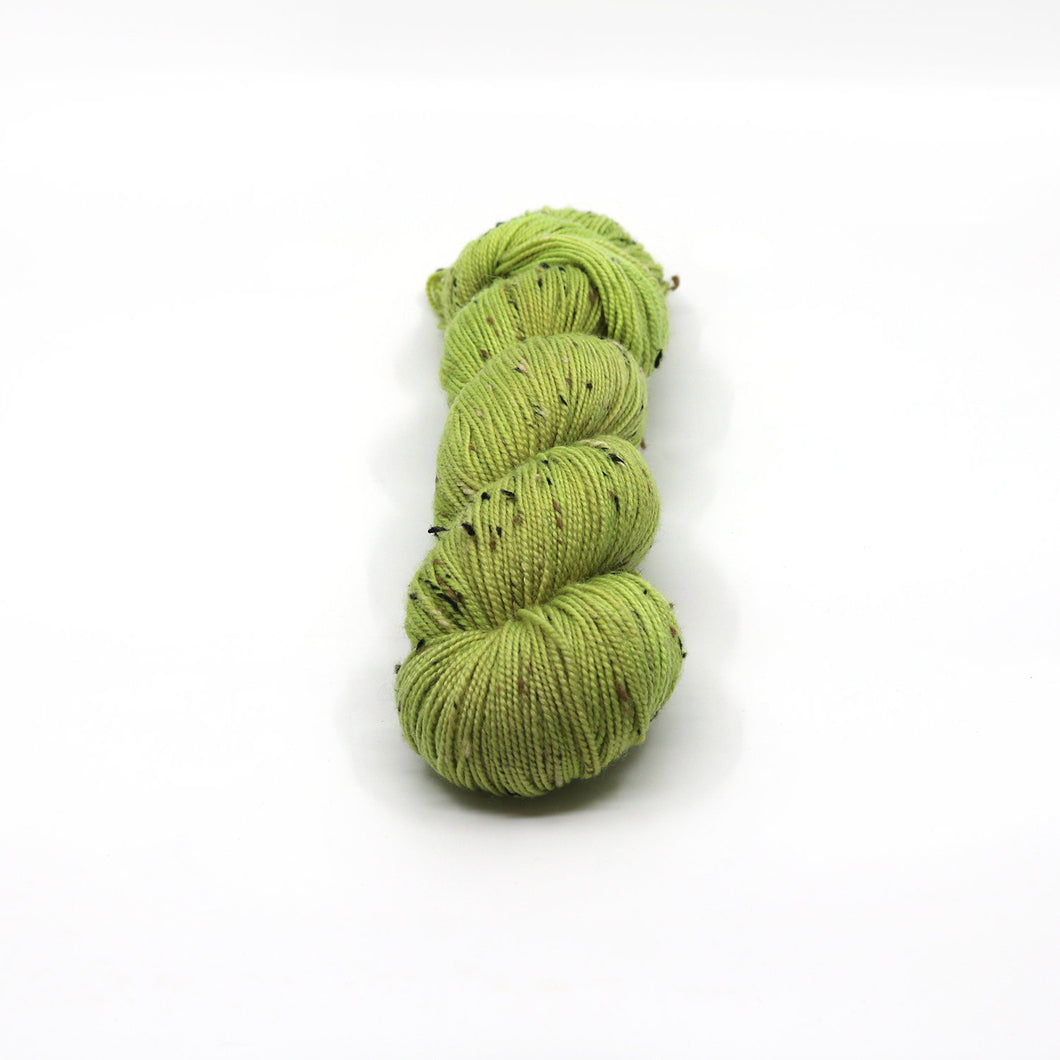 In a Pinch - Rustic Fingering - Tweed Hand Dyed Yarn - Texture - Merino Wool Nylon - Hand Painted Yarn - Green Lime