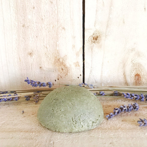 three-hills-soap-solid-shampoo-nettle-and-lavender-refill