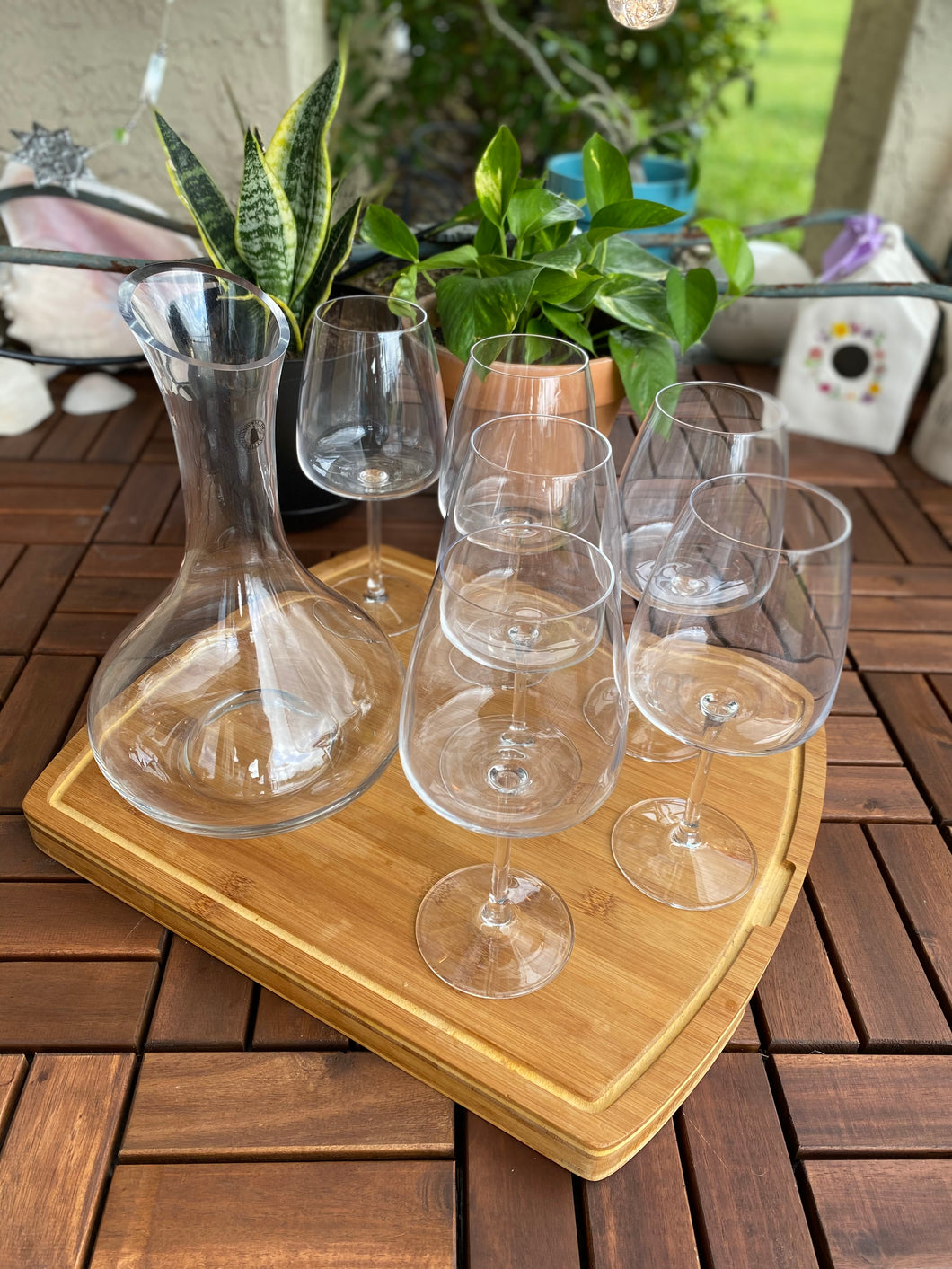 Decanter and Six Stemmed Wine Glasses Set