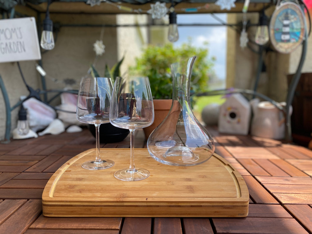 Decanter and Two Stemmed Wine Glasses Set
