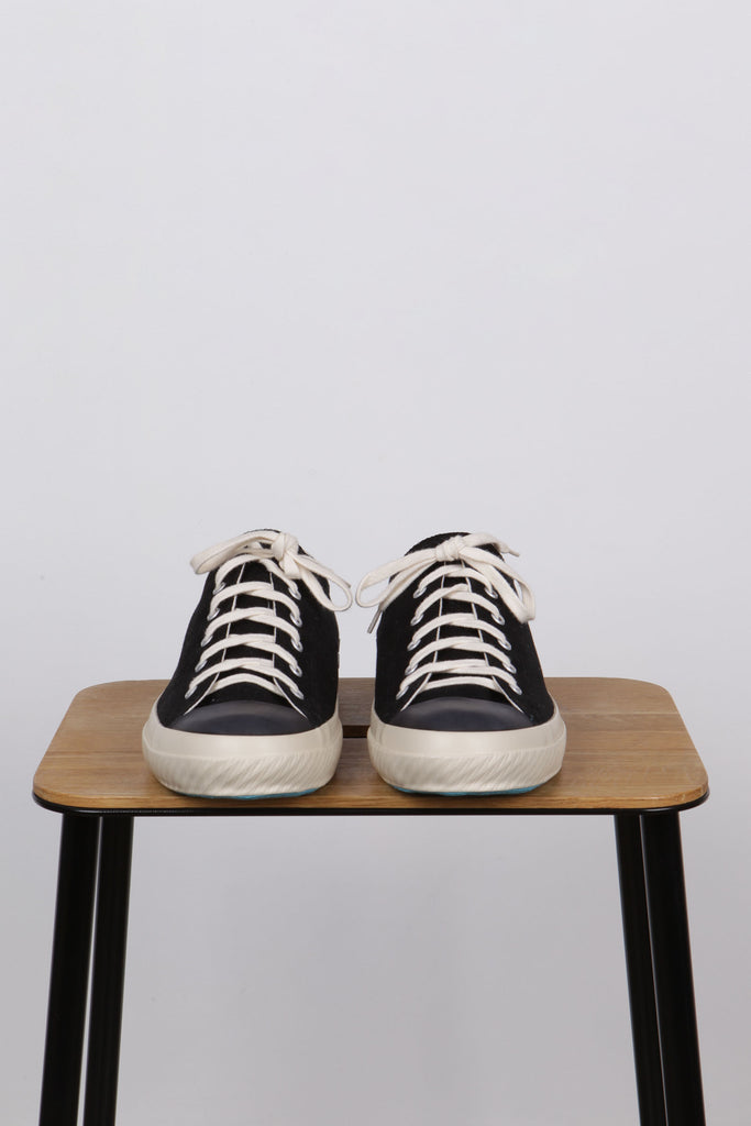 Shoes Like Pottery Black Low - Native North Scandinavian Design Clothing