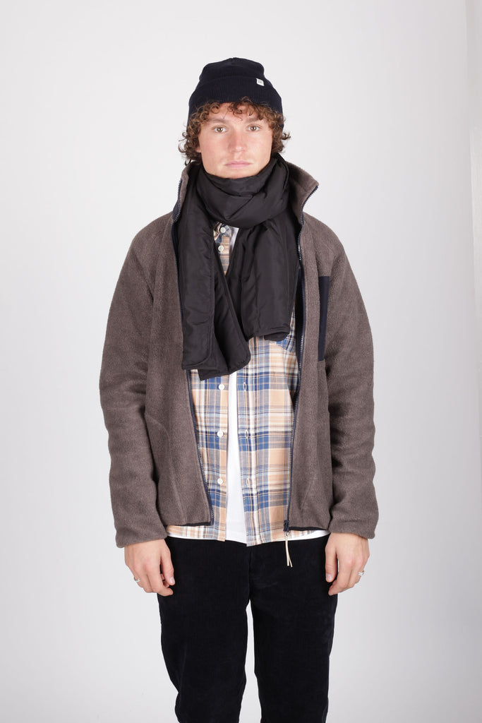 Down Scarf Black - Native North