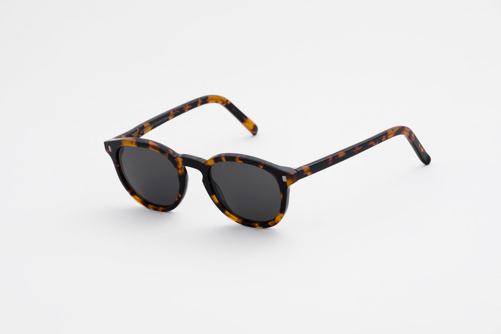 Monokel / Nelson Havanna - Solid Grey Lens - Native North