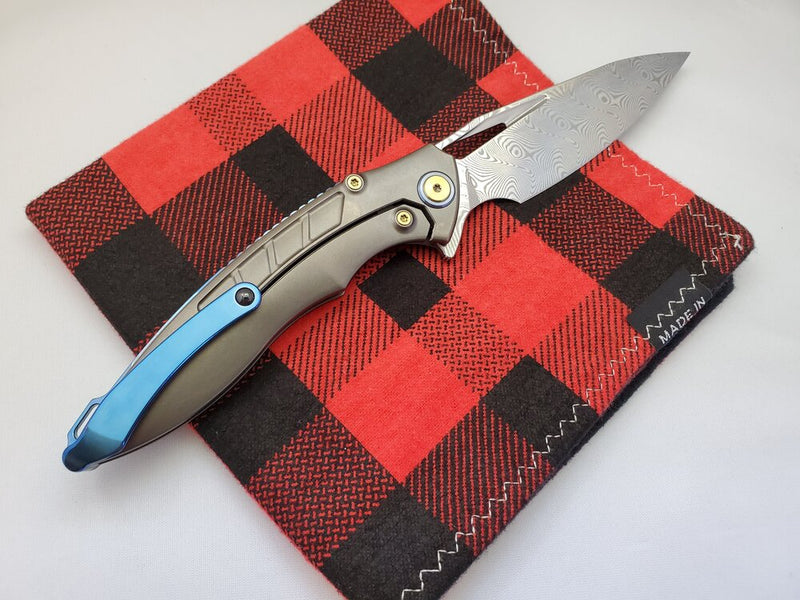 Rike Knife 1902 Damasteel Red Carbon Fiber