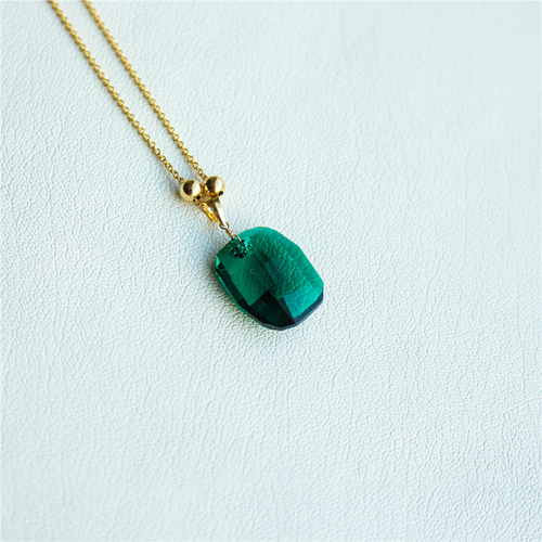 14k Gold Lucky Charm Emerald Necklace - Inner Manifestation