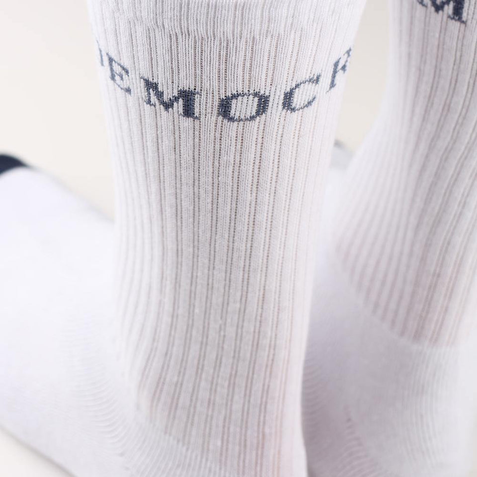 Democratique Socks Athletique Classique Motif Logo Clear White / Shaded Blue - Democratique Socks