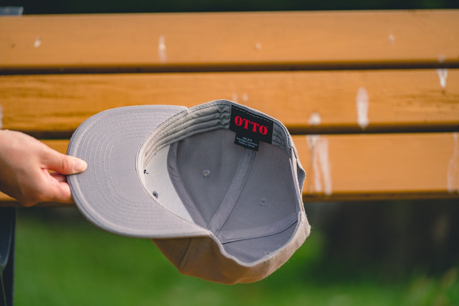 Flat visor cap Leaves Gray - Fenderist