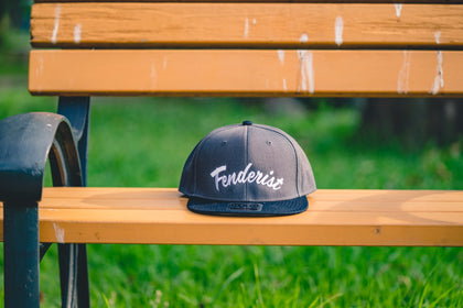 Flat visor cap Leaves Charcoal / Black - Fenderist