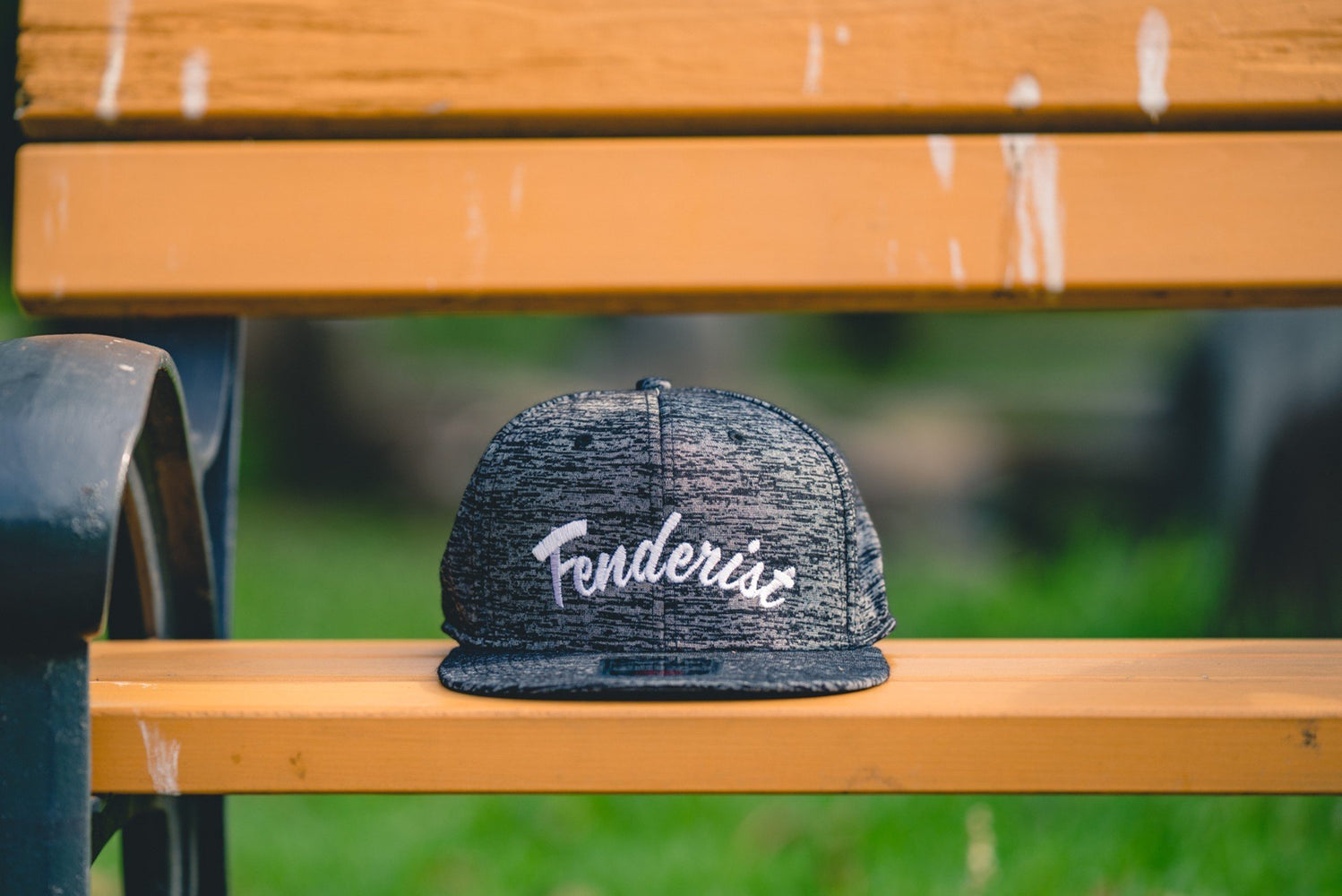 Flat visor cap / Cotton twill square Leaves Black - Fenderist