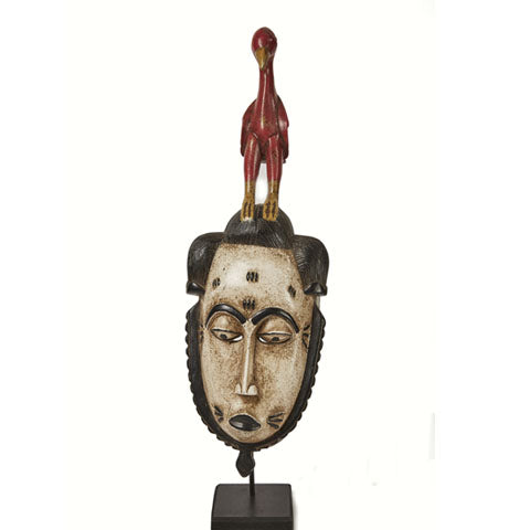 Baule Colored Mask on stand 04