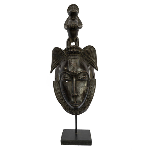 Baule Mask on stand 02