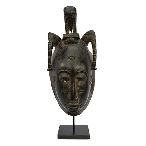 Baule Mask on stand 07