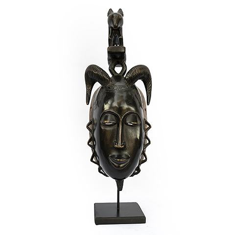 Baule Mask on stand 11
